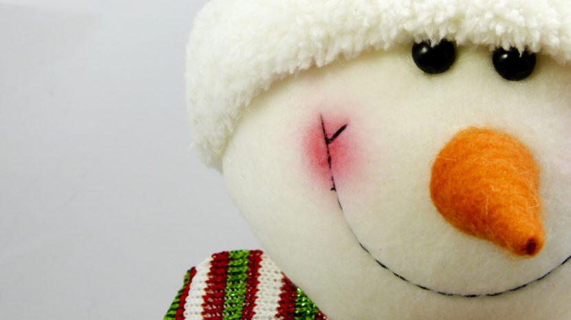 smiling-snowman-face
